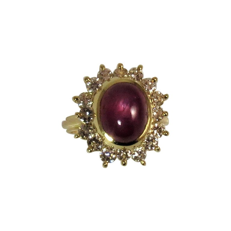 18 Karat Yellow Gold Star Ruby and Diamond Ring