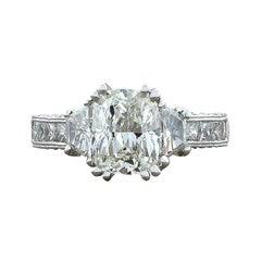 2.01 Carat Diamond Cushion Cut G/VVS2 Gold Engagement Ring