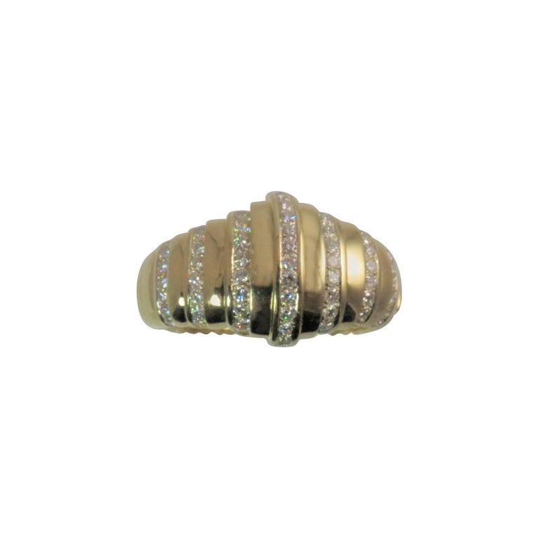 Susan Berman 18 Karat Yellow Gold Hinged Diamond Bangle Bracelet