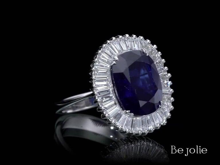 Art Deco Ballerina Style 6.97 Carat Cushion Cut Blue Sapphire & Diamonds engagement ring For Sale