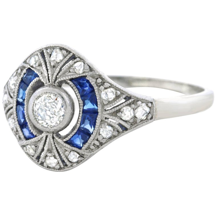 Art Deco Diamond Set Platinum Ring, French