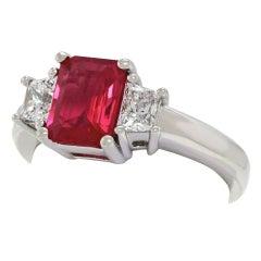 1.43 Carat Ruby and Diamond Set Gold Ring