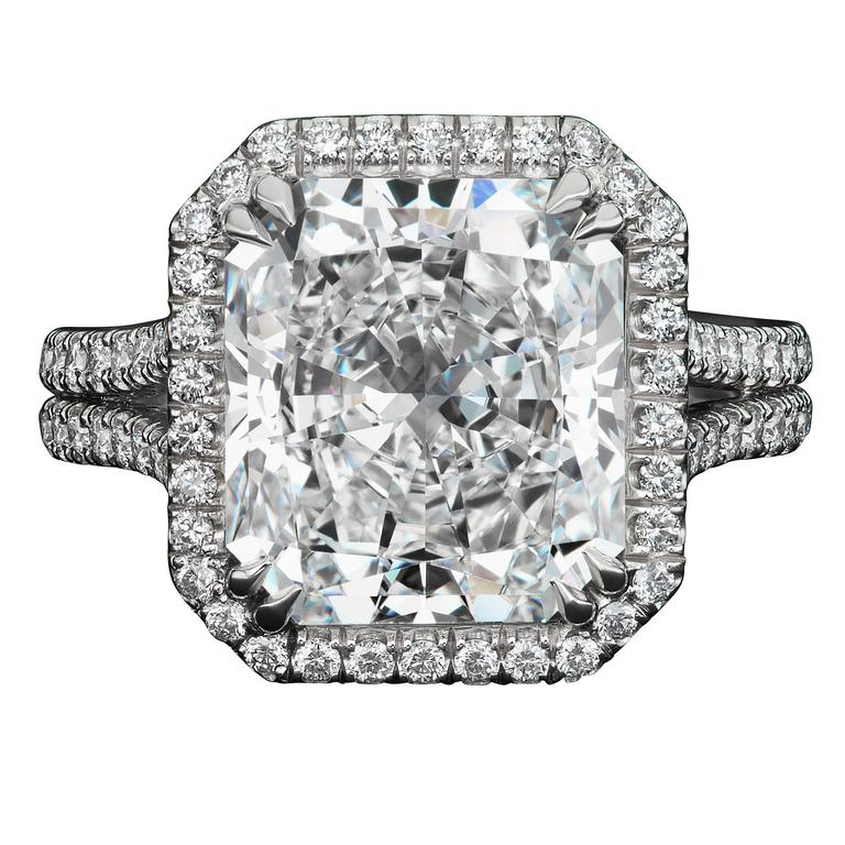 5.52 Carat Radiant Cut Diamond Platinum Ring For Sale