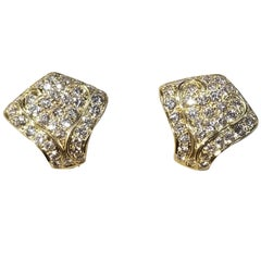18 Karat Yellow Gold Earrings with Diamonds