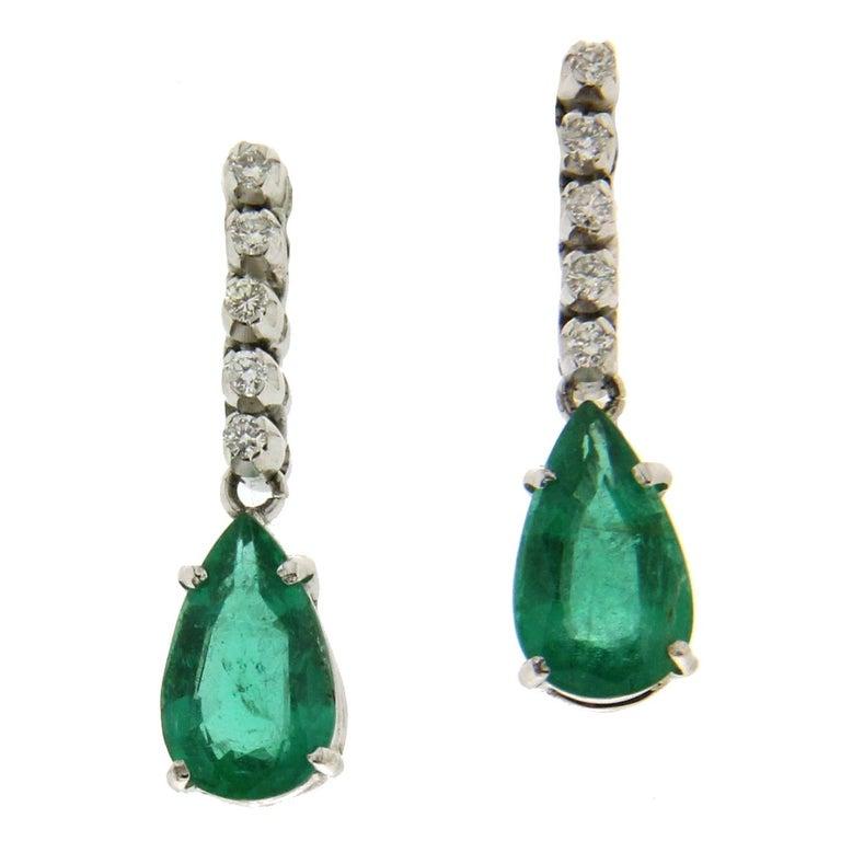 Colombian Emeralds White Gold 18 Karat Drop Earrings For