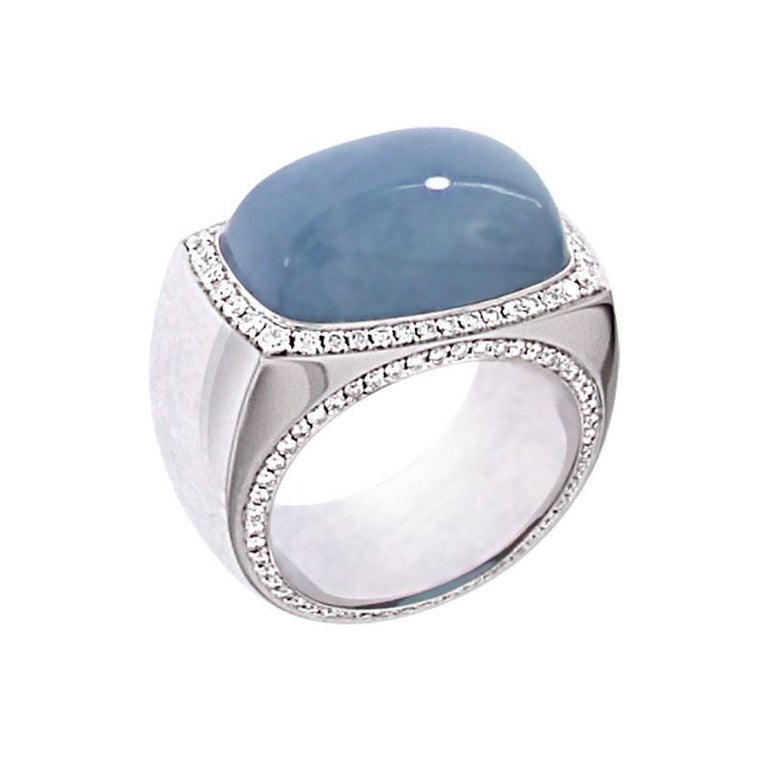 Berquin Certified 14.72 Carat Aquamarine Cabochon and diamond Gold Cocktail Ring For Sale