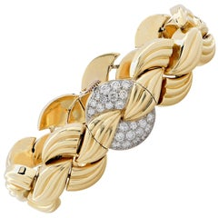 Van Cleef & Arpels Yellow Gold Diamond Concealed Dial Bracelet Wristwatch