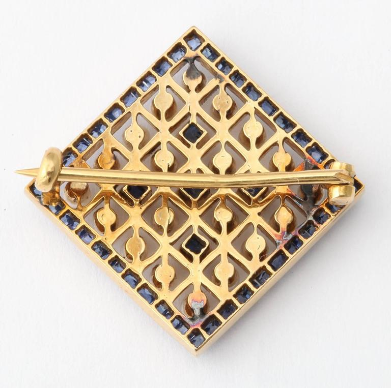 Edwardian Pearl Sapphire and Gold Miniature Brooch, circa 1905 In New Condition For Sale In New York, NY