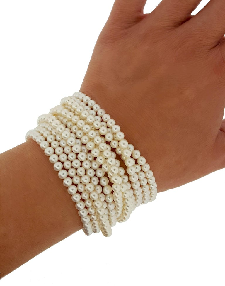 Contemporary Elizabeth Locke Multi-Strand Pearl Bracelet For Sale