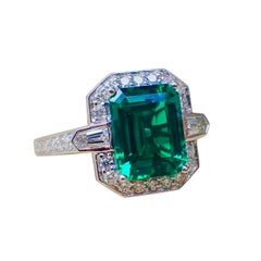 18 Karat Gold Ring 2.83 Carat Chatham-Created Emerald and 0.70 Carat of Diamond