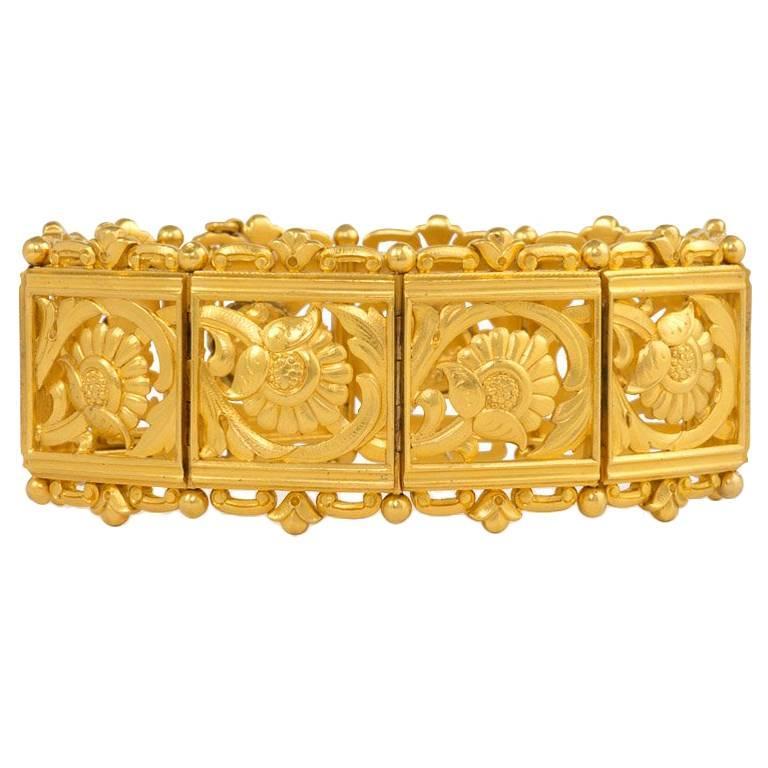 Art Nouveau Gold Panel Link Bracelet For Sale
