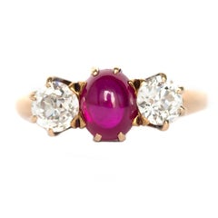 1.00 Carat Ruby Yellow Gold