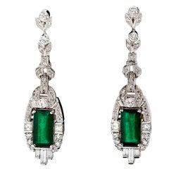 18 Karat White Gold Colombian Emeralds and Diamonds Earrings
