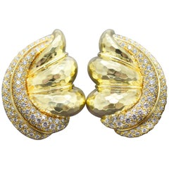 Henry Dunay Diamond Earrings 18 Karat Yellow Gold