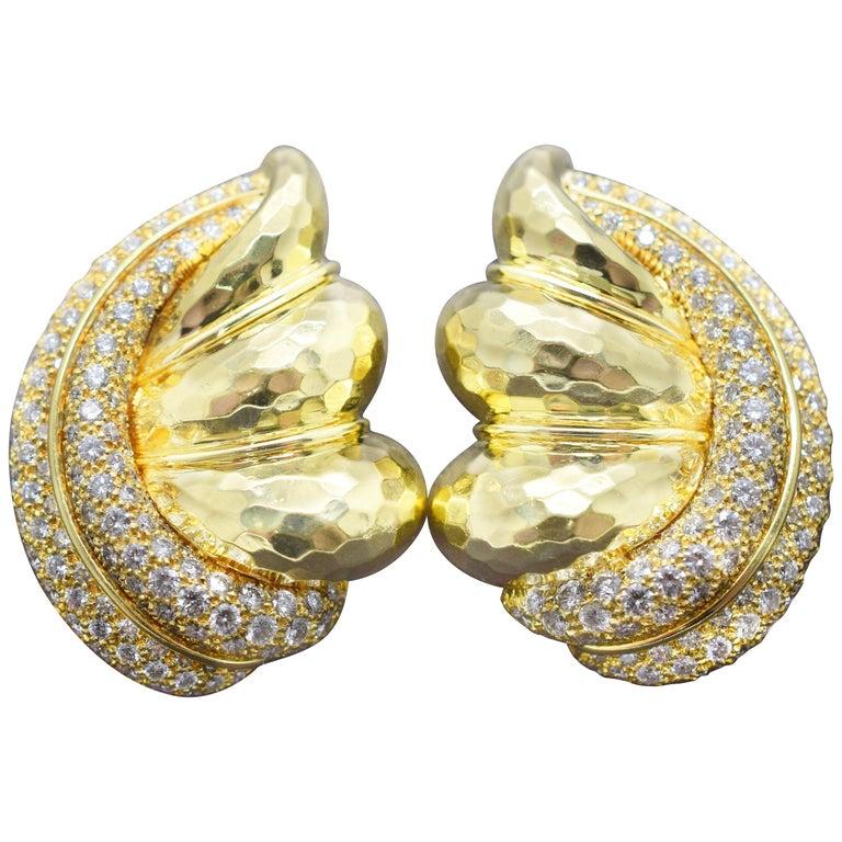 Henry Dunay Diamond Earrings 18 Karat Yellow Gold