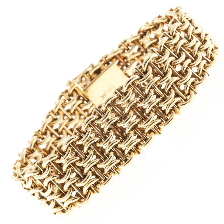 Wide Gold Mesh Bracelet For Sale at 1stdibs