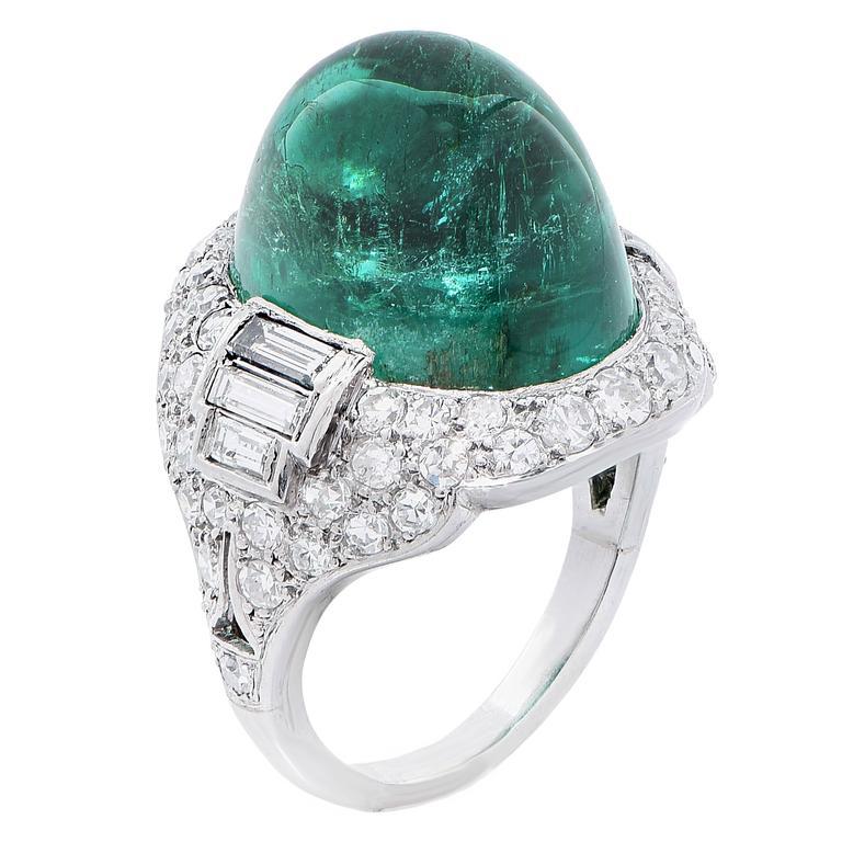 Art Deco 14.75 Carat Sugarloaf Cabochon Cut Colombian Emerald Diamond Ring 1