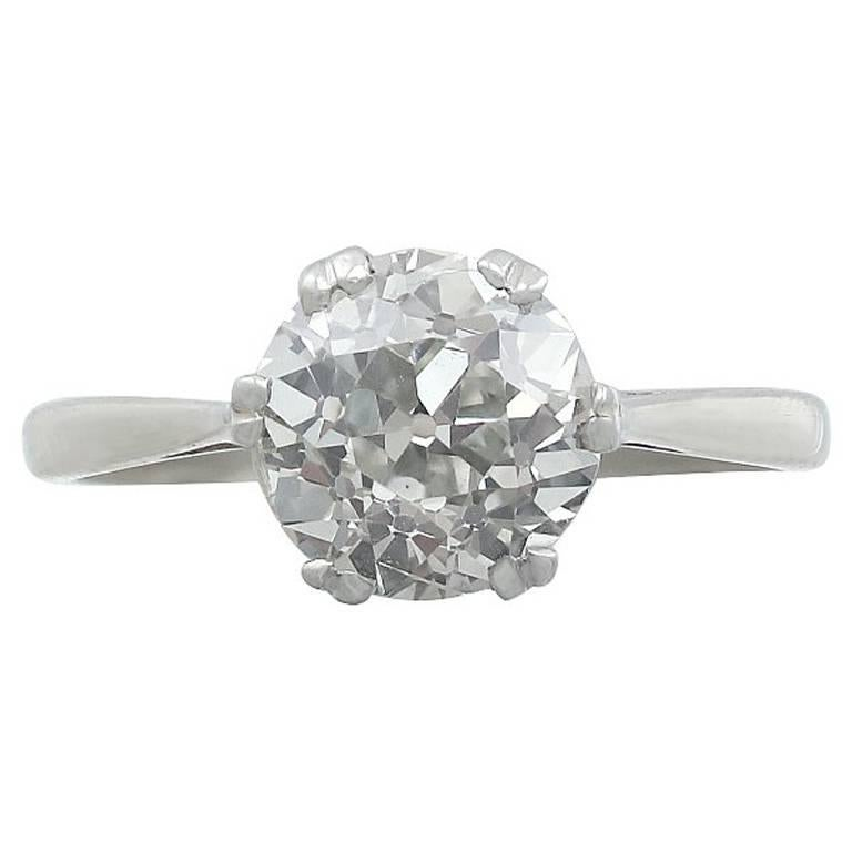 1910s 2.31 Carat Diamond and Platinum Solitaire Ring For Sale