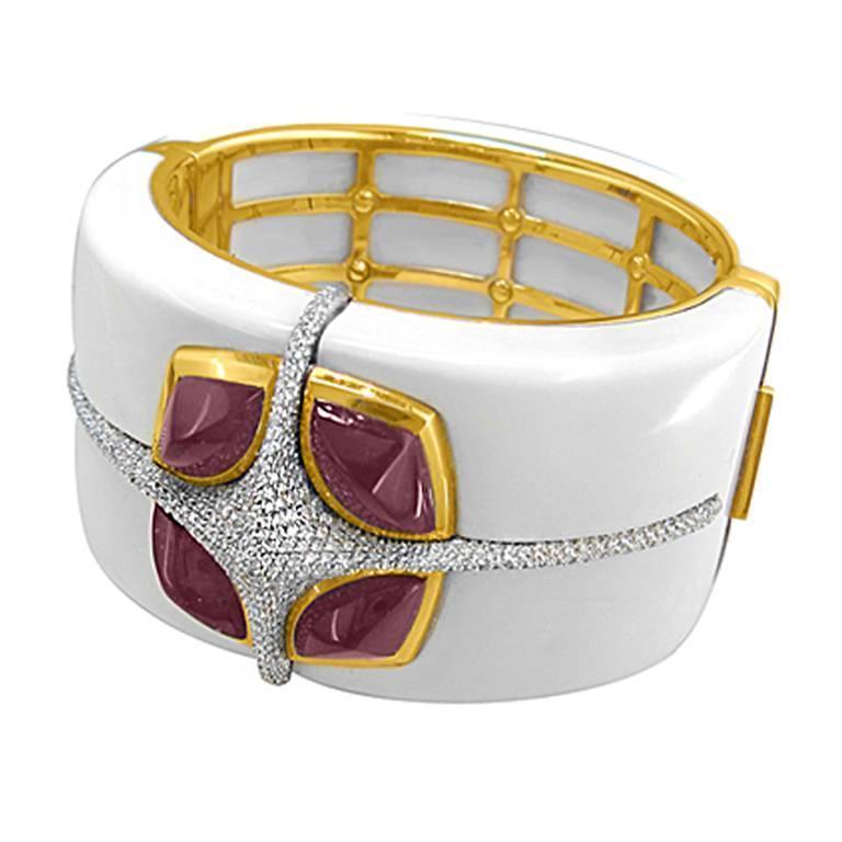 Valente yx Tourmaline Diamond Gold Bangle Bracelet For Sale at