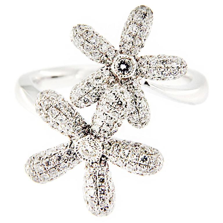 Jona White Diamond 18 Karat White Gold Daisy Crossover Ring