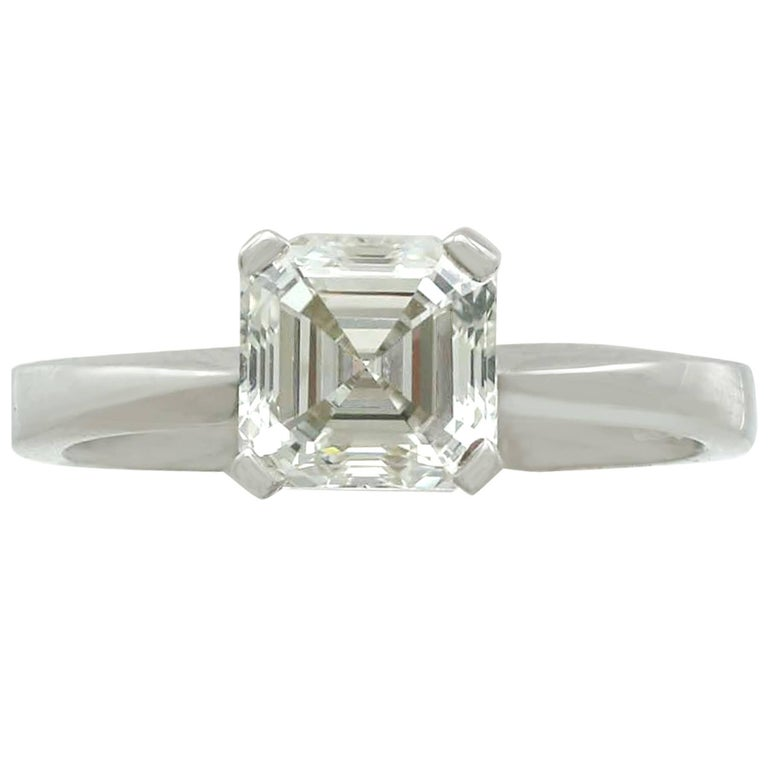 2.00 Carat Diamond and Platinum Solitaire Ring Contemporary