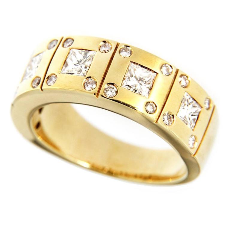 Jona White Diamond 18k Yellow Gold Band Ring For Sale