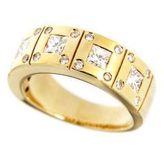 Jona White Diamond 18 Karat Yellow Gold Band Ring