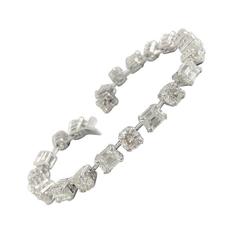 Beauvince Emerald Cut and Round Diamond Tennis Bracelet in Platinum