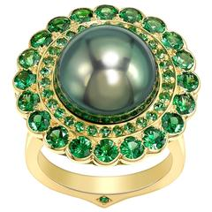 Ana De Costa Black Tahitian Pearl Round Tsavorite Yellow Gold Cocktail Ring