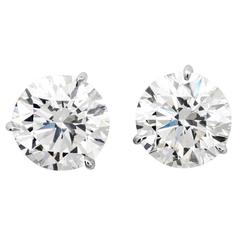 Brilliant 7.16 Carats Diamonds Gold Stud Earrings