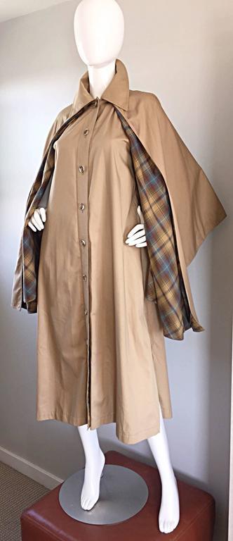 Vintage Yves Saint Laurent ' Rive Gauche ' 1970s Khaki Plaid Cape Trench Jacket 6