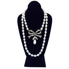 Chanel Pearl and Crystal Pendant Necklace 1980s