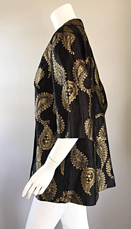 Women's Rare 1950s Alfred Shaheen Vintage 50s Black And Gold Hand Printed Kimono Jacket For Sale
