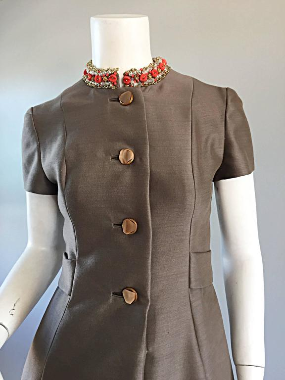 Beautiful 1960s 60s Gino Charles Beaded Raw Silk Taupe A - Line Vintage Dress  For Sale 2
