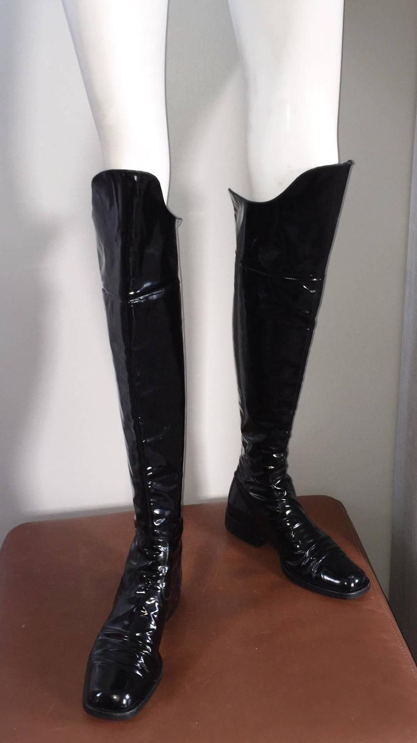 057908e8278 Coveted Chanel Black Patent Leather Over The Knee Riding Flat Boots Size 38  8 at 1stdibs