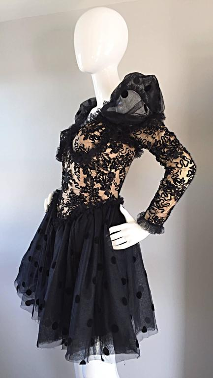 Beautiful Vintage 1980s Isabelle Allard Black & Nude French Lace Pouf Dress  For Sale 2