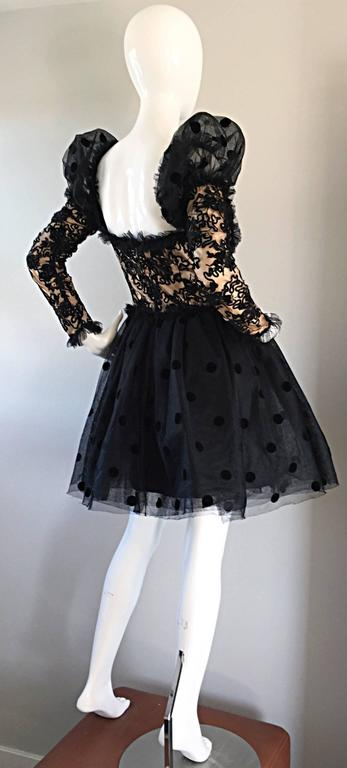 Beautiful Vintage 1980s Isabelle Allard Black & Nude French Lace Pouf Dress  In Excellent Condition For Sale In Chicago, IL