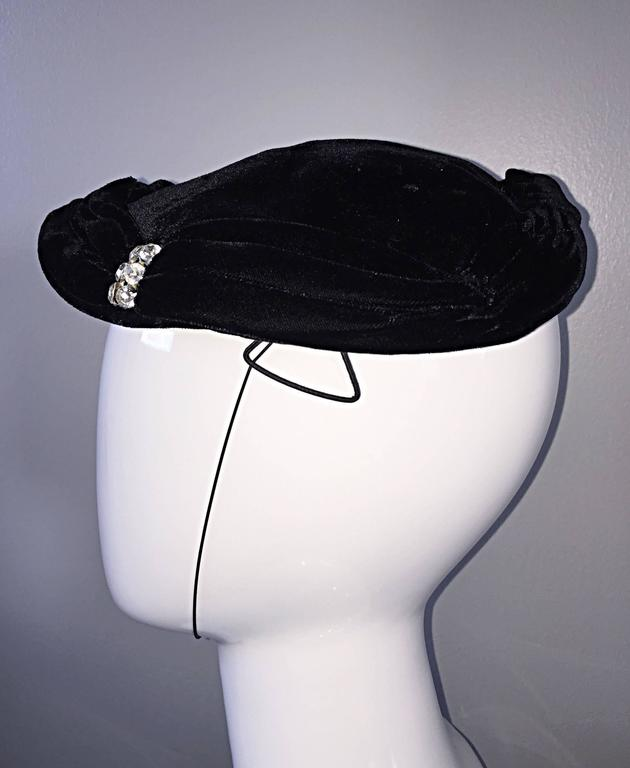 Beautiful 1940s Silk Velvet Vintage Black Hat w/ Rhinestones and Chin Strap For Sale 1