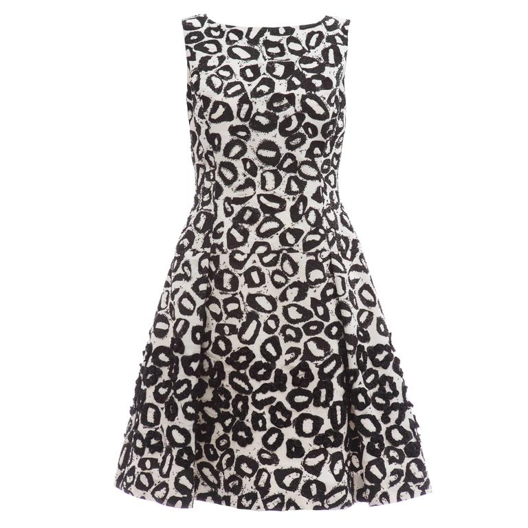 Oscar De la Renta White Silk Evening Dress Black Bead Lip Embroidery, Fall 2007 1
