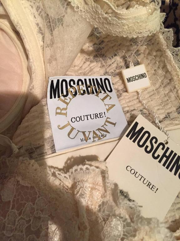Sexy Vintage Moschino Couture Ivory Lace Corset Bustier Top NWT Never Worn For Sale 5