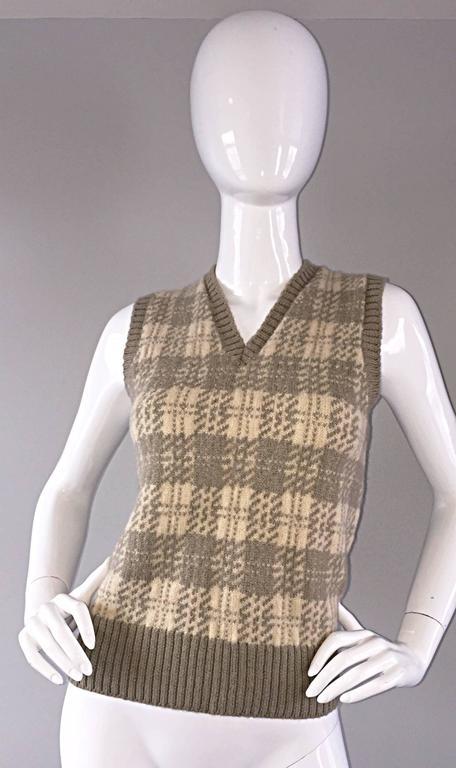 Vintage 1970s Bill Blass Tan + Ivory Plaid Mohair Wool Sweater Vest / Jumper 2