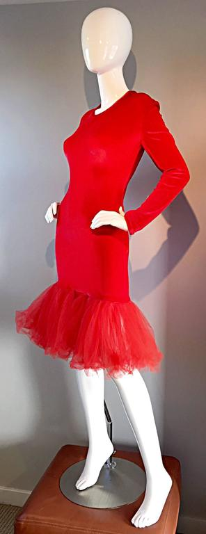 Extraordinary Patrick Kelly 1990s Vintage Red BodCon Mermaid Dress w/ Tulle Hem In Excellent Condition For Sale In Chicago, IL