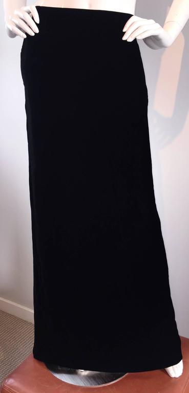 Tom Ford for Gucci Black Silk Velvet 1990s 90s Vintage Full Length Maxi Skirt For Sale 3