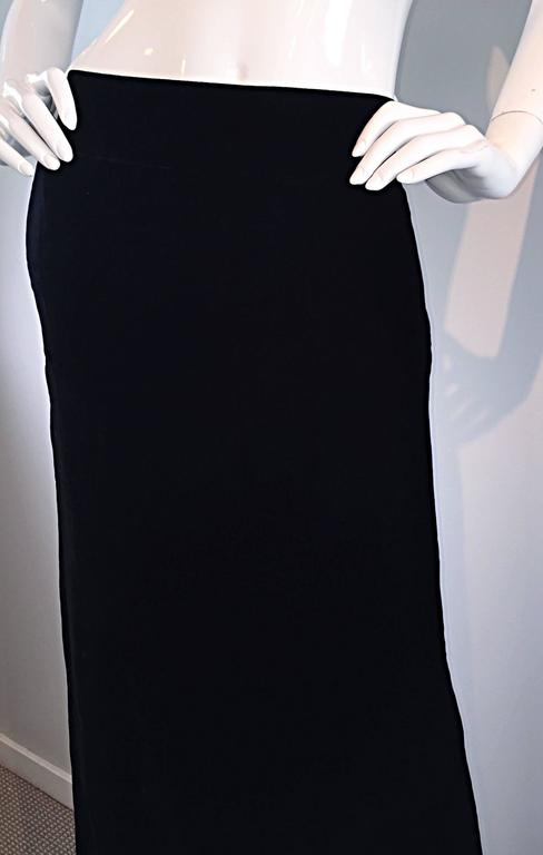Tom Ford for Gucci Black Silk Velvet 1990s 90s Vintage Full Length Maxi Skirt For Sale 2