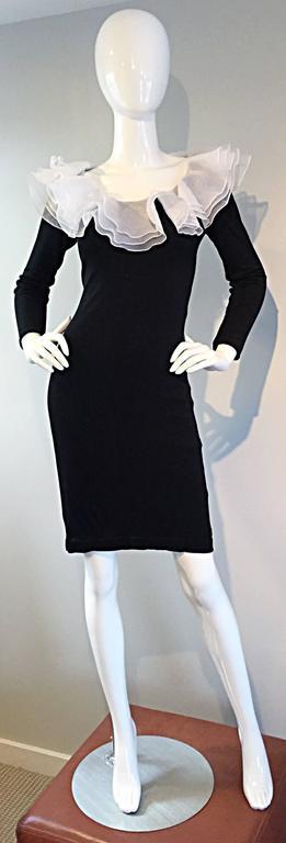 Women's Incredible Vintage Jill Richards Black & White Ruffle Body Con Long Sleeve Dress For Sale