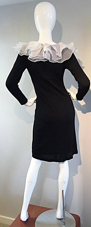 Incredible Vintage Jill Richards Black & White Ruffle Body Con Long Sleeve Dress In Excellent Condition For Sale In Chicago, IL