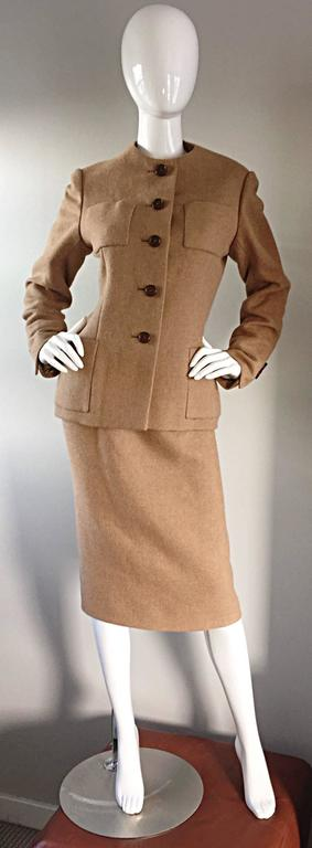 Norman Norell 1960s Size 12 Tan / Camel 60s Vintage Blazer Jacket + Skirt Suit For Sale 1