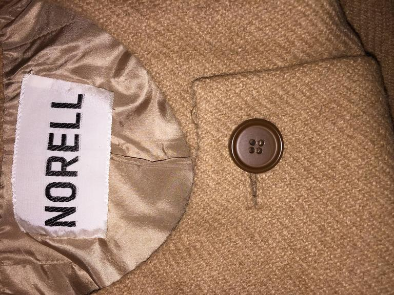 Norman Norell 1960s Size 12 Tan / Camel 60s Vintage Blazer Jacket + Skirt Suit For Sale 3