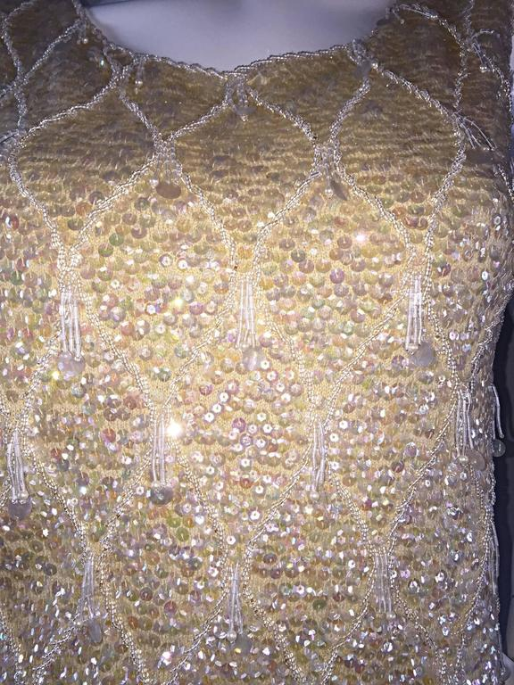 Beautiful 1950s / 1960s Ivory Wool Beaded + Sequins Off - White Sleeveless Top 5