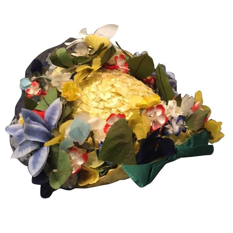 1950s Chanda Pale Yellow Straw Hat Trimmed in Beautiful Multicolor Flowers For Sale